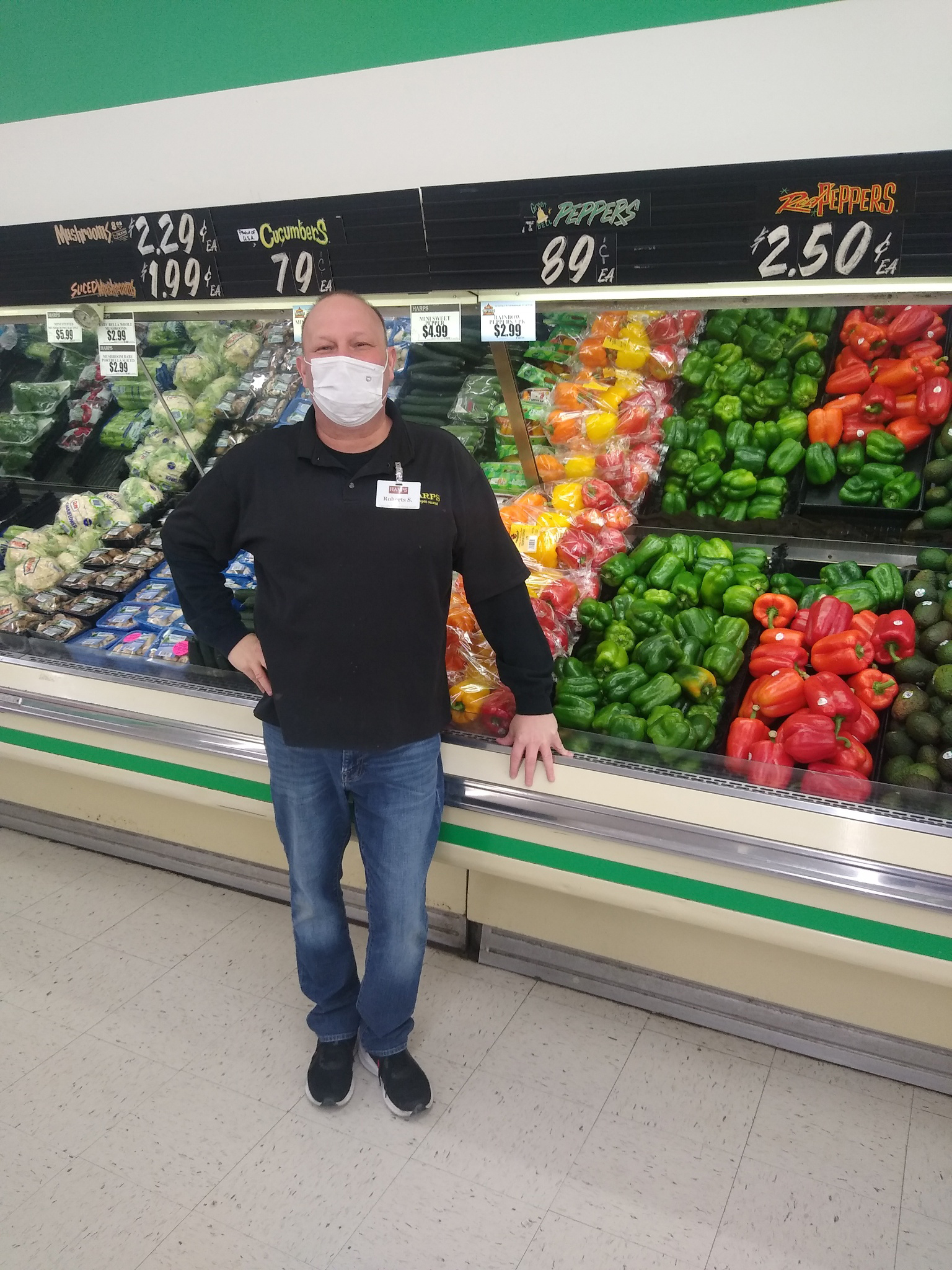 Robert Smith, produce manager at Thayer, MO.