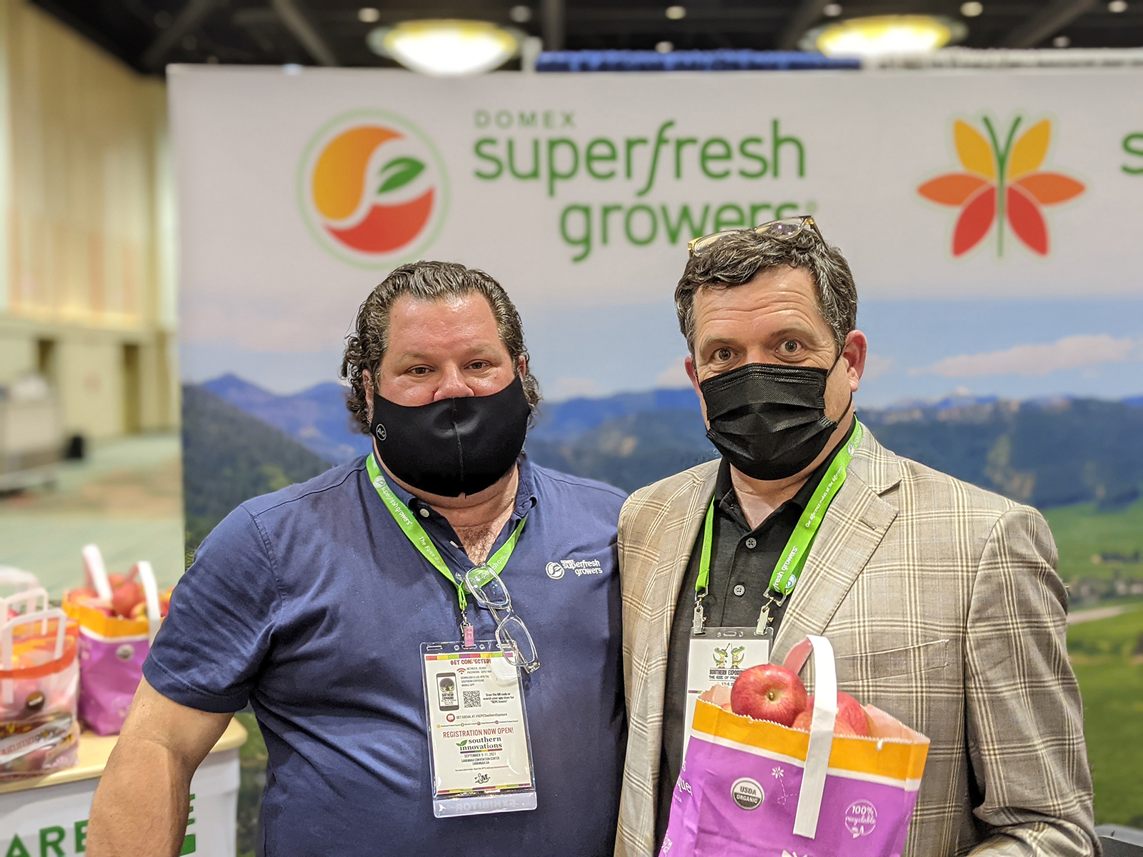 Paul Newstead and Mike Preacher of Superfresh Growers.