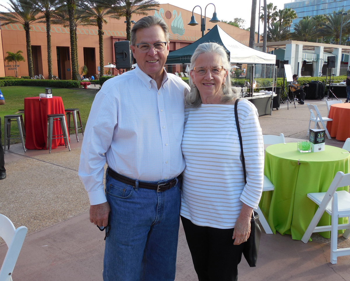 Garry Bergstrom, a member of the SEPC Board of Governors, and Ginny Bergstrom.